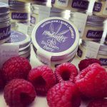 Malantis CBD SkinBalm Berry bei trockener Haut