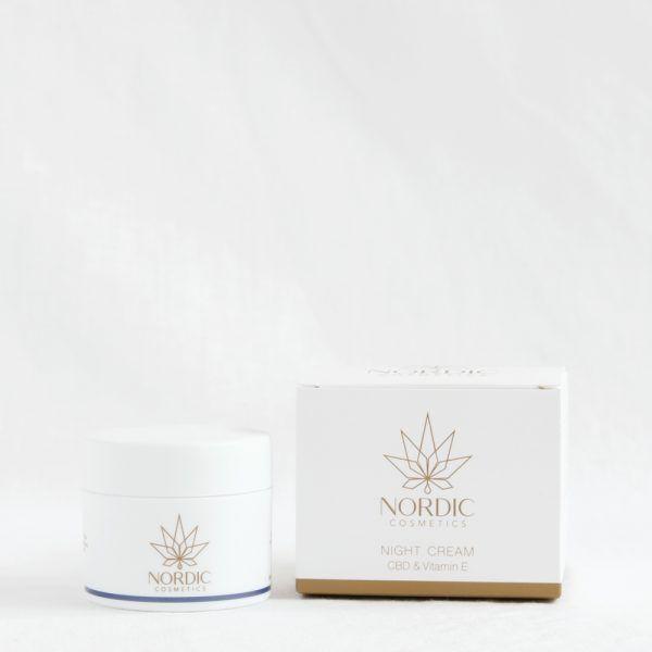 nordic-cosmetics-regenerierende-nachtcreme-cbd-vitamin-e